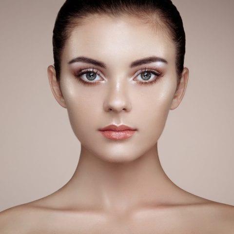 Strobing makeup Technique